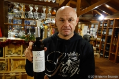 Jurij s vínem Bandito