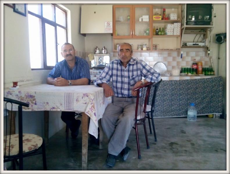 pozvání na čaj od dvou turků