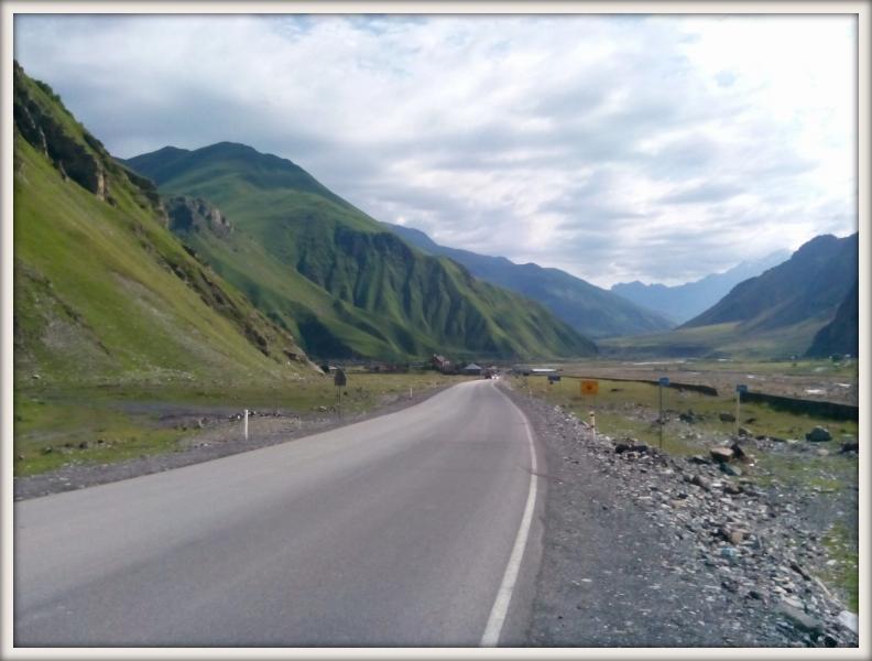 Kavkaz silnice z Gruzie do Ruska