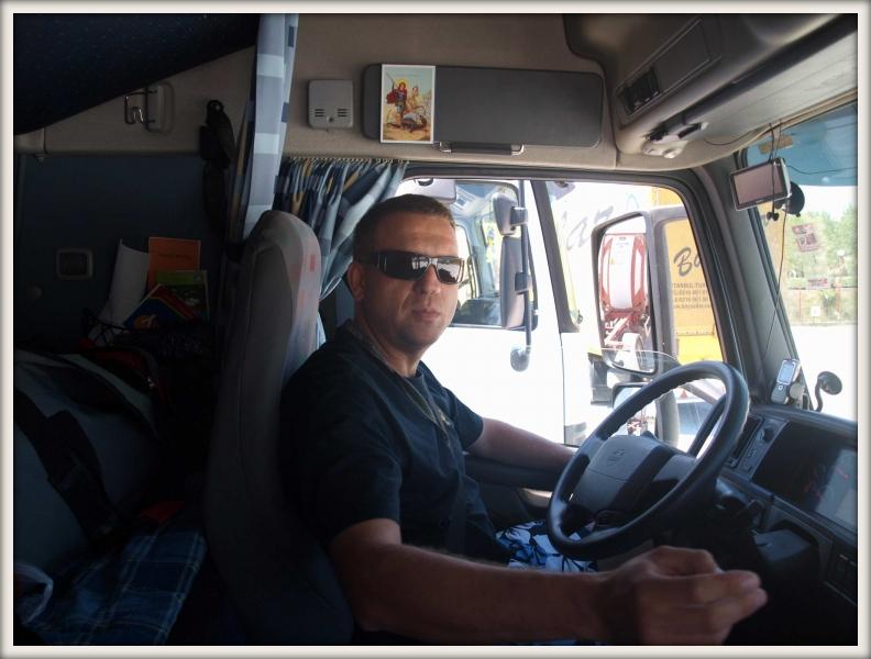 srbský řidič kamionu