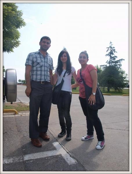 Mustafa a jeho kamarádky