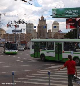 Tramvaje, autobusy