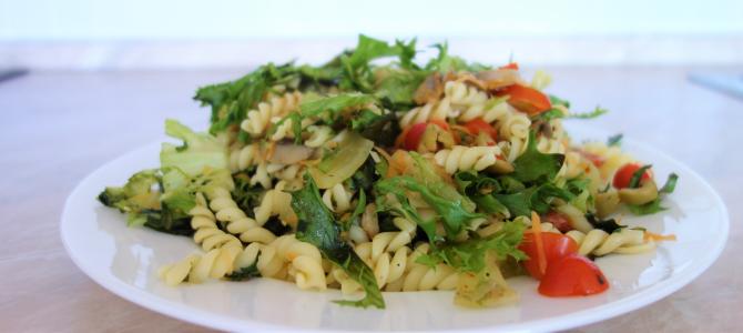 Těstovinový salát s žampiony