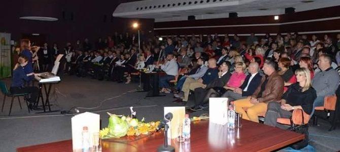 """Dragan Jovanov byl druhým rokem vyhlášen jako nejlepší mladý vědec na Evropském multidisciplinárním kongresu """"Výživa budoucnosti"""""""