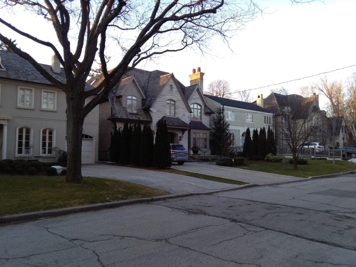 rodinné domy v Torontu